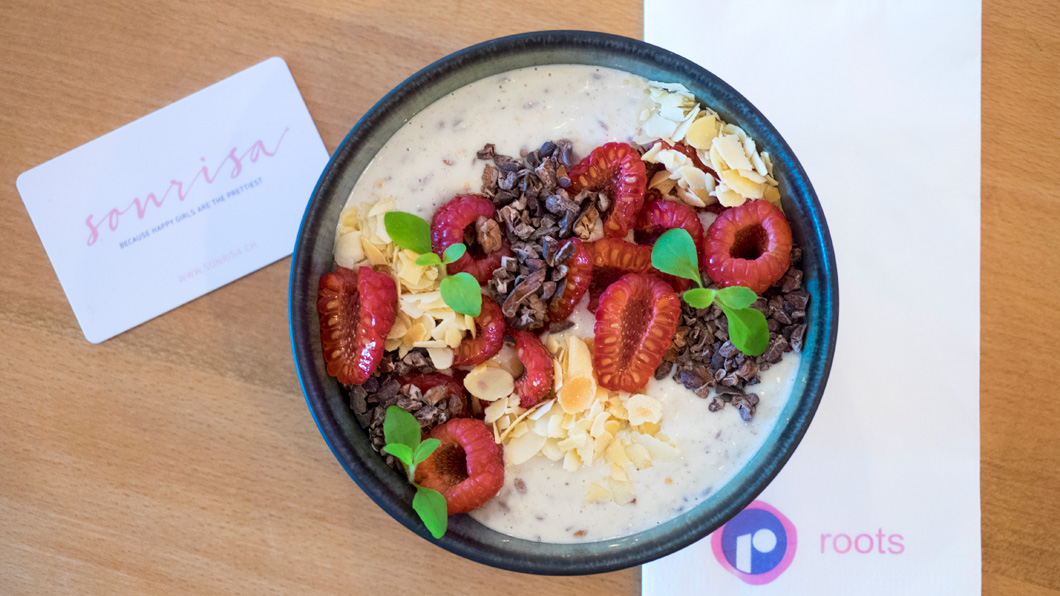 Breakfast for champions: sonrisa x Biotherm Overnight Oats by roots