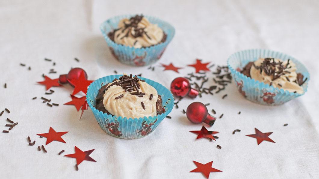 Zuckerfrei und vegan: Weihnachts-Cupcakes à là sonrisa