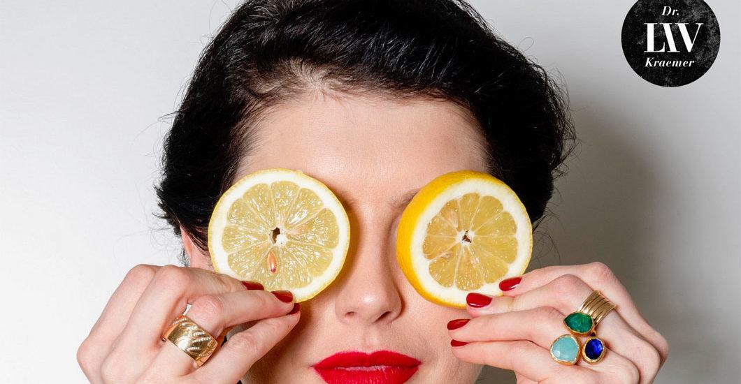 Superfoods: Worth the hype? Skin-Expertin Dr Liv Kraemer beantwortet die Frage auf sonrisa.ch.