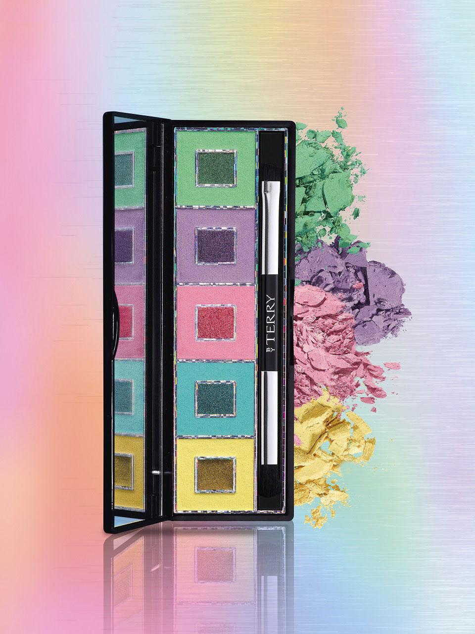 Fun Tasia heisst die Frühlingskollektion von By Terry, die vom angesagten Hologramm-Trend inspiriert ist.
