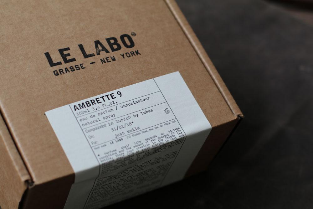 Auf sonrisa gibt es einen Einblick in das Duft-Universum von Le Labo Parfums.