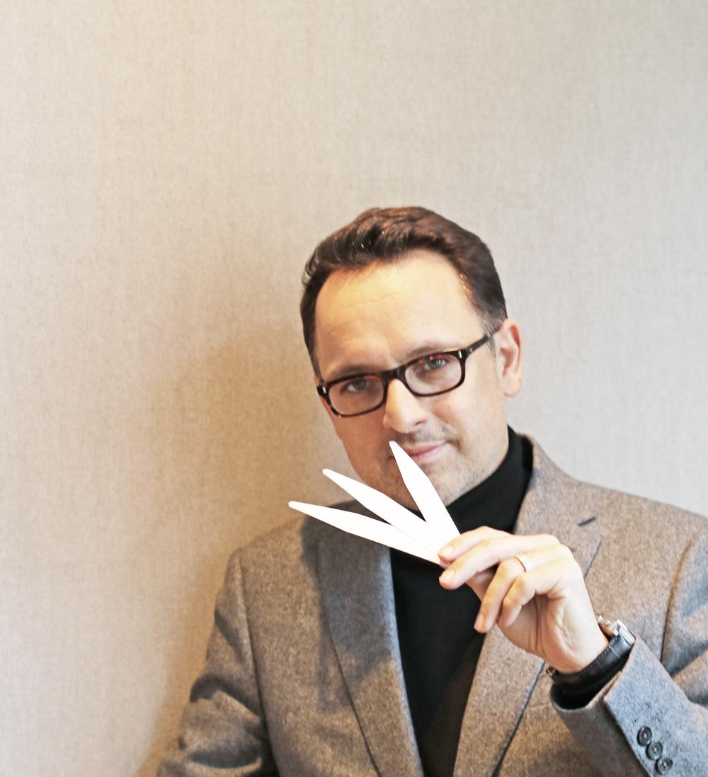 Atelier Cologne-Mitbegründer Christophe Cervasel spricht im Interview mit sonrisa.ch über Düfte, Bräute und die ultimative Erfolgsformel seiner Firma.