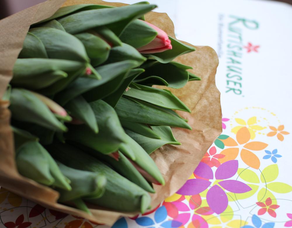 Mit dem sonrisa-Code gibt es zehn Prozent Rabatt auf den Tulpenservice von Flowerweb.