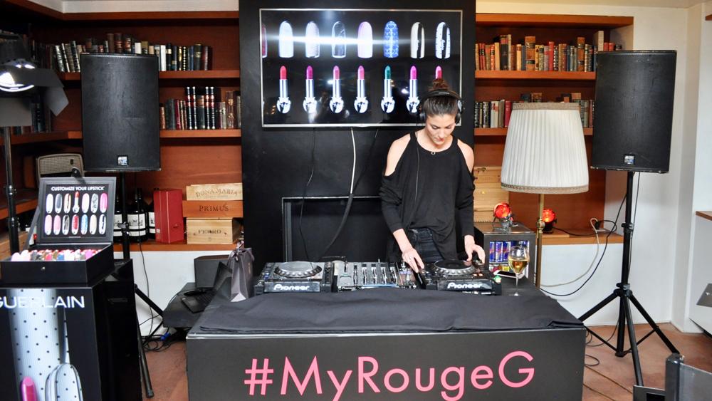 Guerlain feiert die Lancierung des neuen Rouge G mit einer grossen Party in Zürich.
