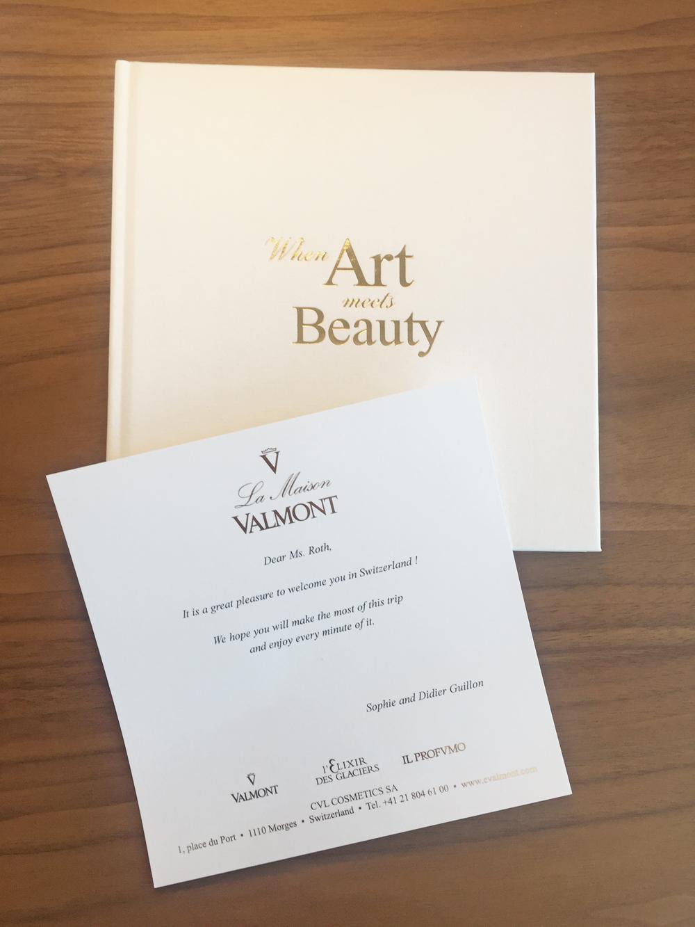 Beauty-Ikone aus der Klinik: alles, was Du über das Valmont Prime Renewing Pack wissen musst.
