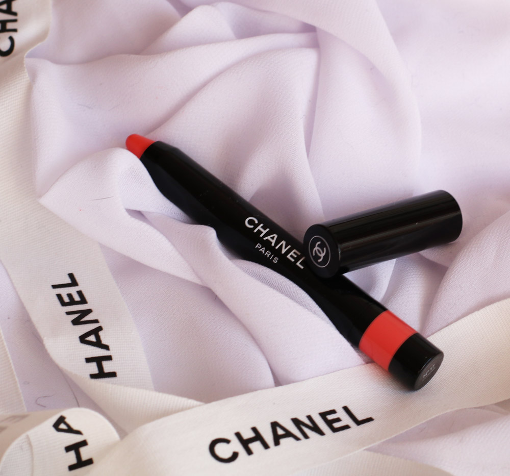 Let's glam: die Sommerkollektionen von Chanel, Estée Lauder, L' Oréal Paris und By Terry sorgen bei der inneren Sonnengöttin für Glücksgefühle.