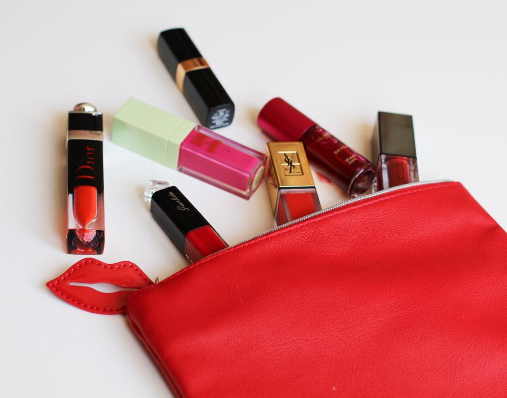 Gastbloggerin testet neue Lippenstifte, die sie Filmdiven aus den 90er Jahren zuordnet.