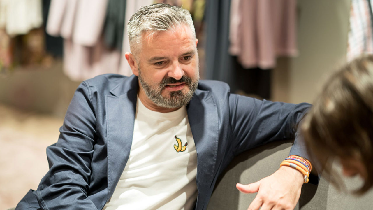 Star-Designer Adrian Runhof gibt Tipps für glamouröse Partynächte