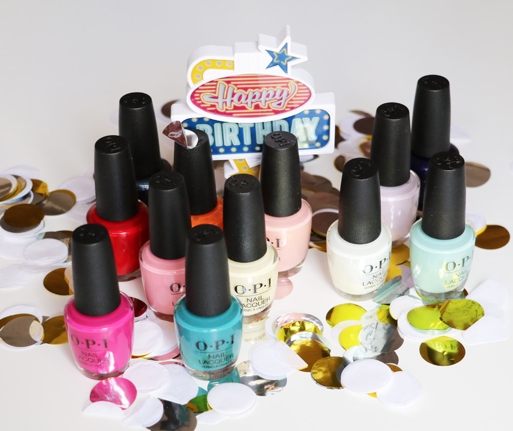 Die limitierte Nagellack-Kollektion Grease by OPI bringt die sommerlichen Farben des Kultfilms von 1978 auf Deine Nägel.