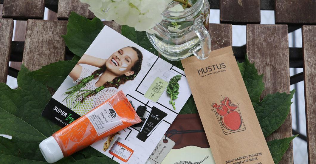 Sephora goes green: In der Pflegekategorie #Superingredients finden sich Brands für moderne Blumenkinder.
