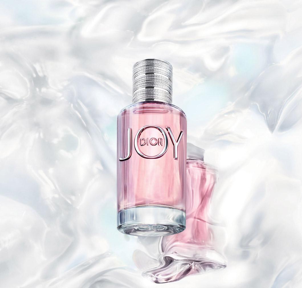 Zum ersten Mal seit fast 20 Jahren lanciert Dior einen neuen, eigenständigen Damenuft – und auf sonrisa (wo sonst?) erfährst Du alles jetzt grad alles über Joy by Dior.
