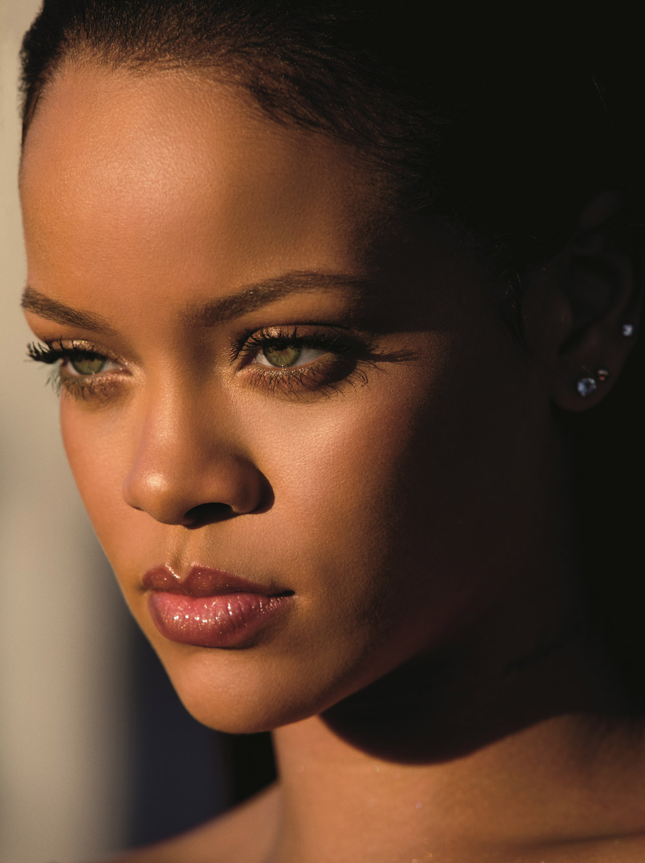 Hurra! Endlich gibt es Fenty Beauty by Rihanna auch in der Schweiz zu kaufen.