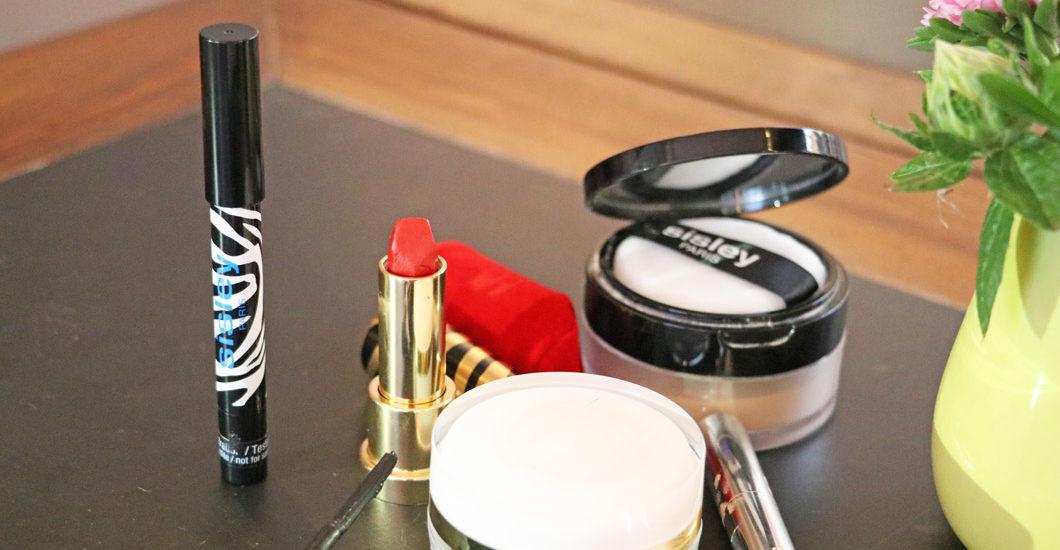 Sisley Makeup Artist David Hahmeyer verrät seine besten Schminktipps - unter anderem für das schnellste Augen-Makeup und wie sich ein Lippenstift unterschiedlich einsetzen lässt.
