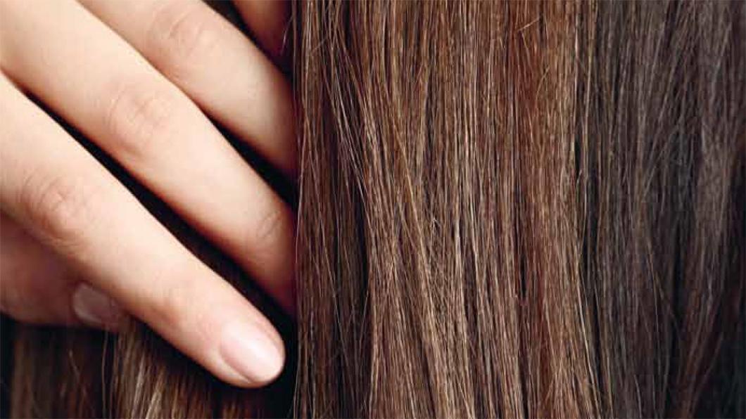 Gel Colorant temporaire von Christophe Robin: die natürlichhe Variante zum Kaschieren weisser Haaren