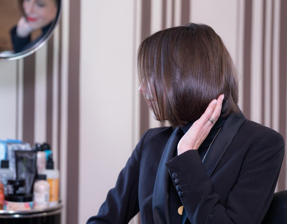 Geht schnell, ist total unkompliziert und braucht keine besonderen Styling-Fähigkeiten: sonrisa zeigt Dir in diesem Hairtutorial, wie Du einen eleganten Office-Look stylst mit dem neuen Dyson Airwrap.