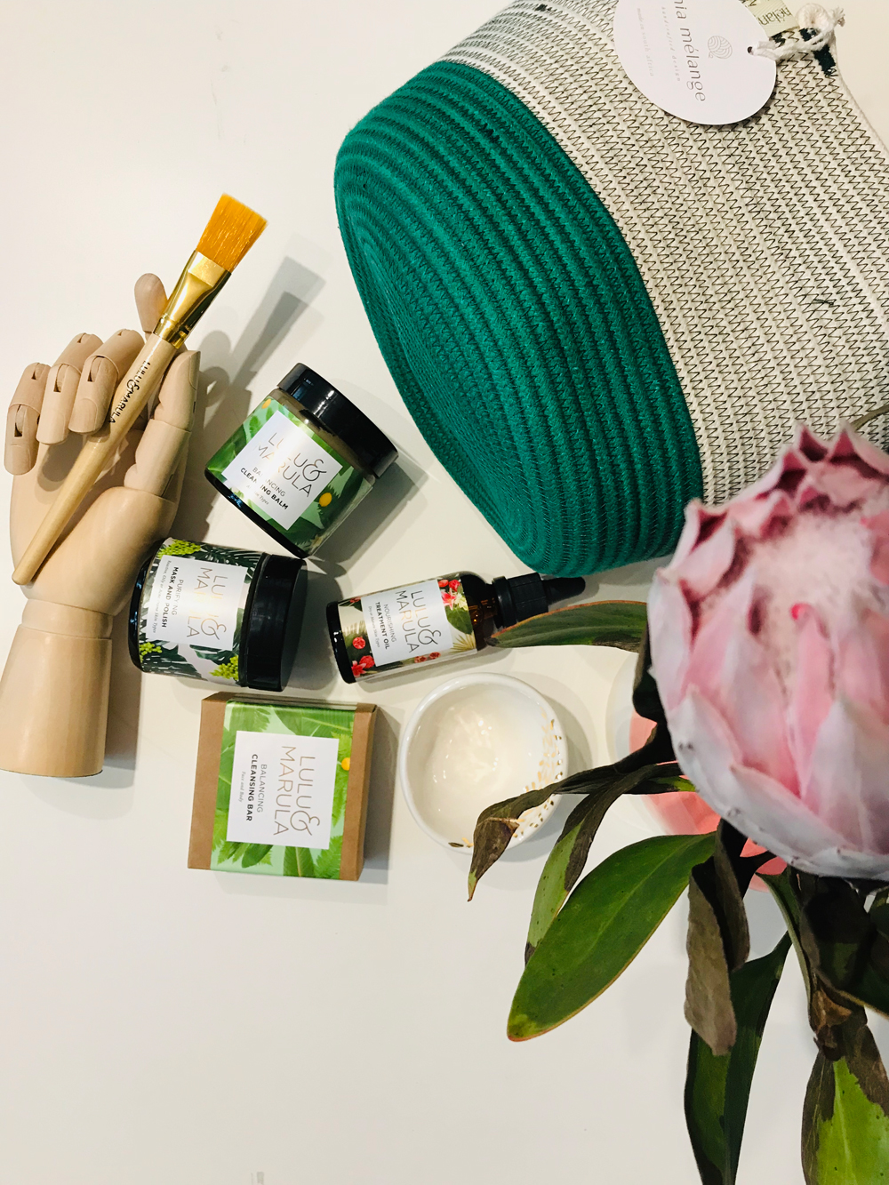 Zum fünfjährigen Jubiläum des Desighshops Highlight My Day gibt es auf sonrisa ein Naturkosemtik-Set von Lulu & Marula zu gewinnen!