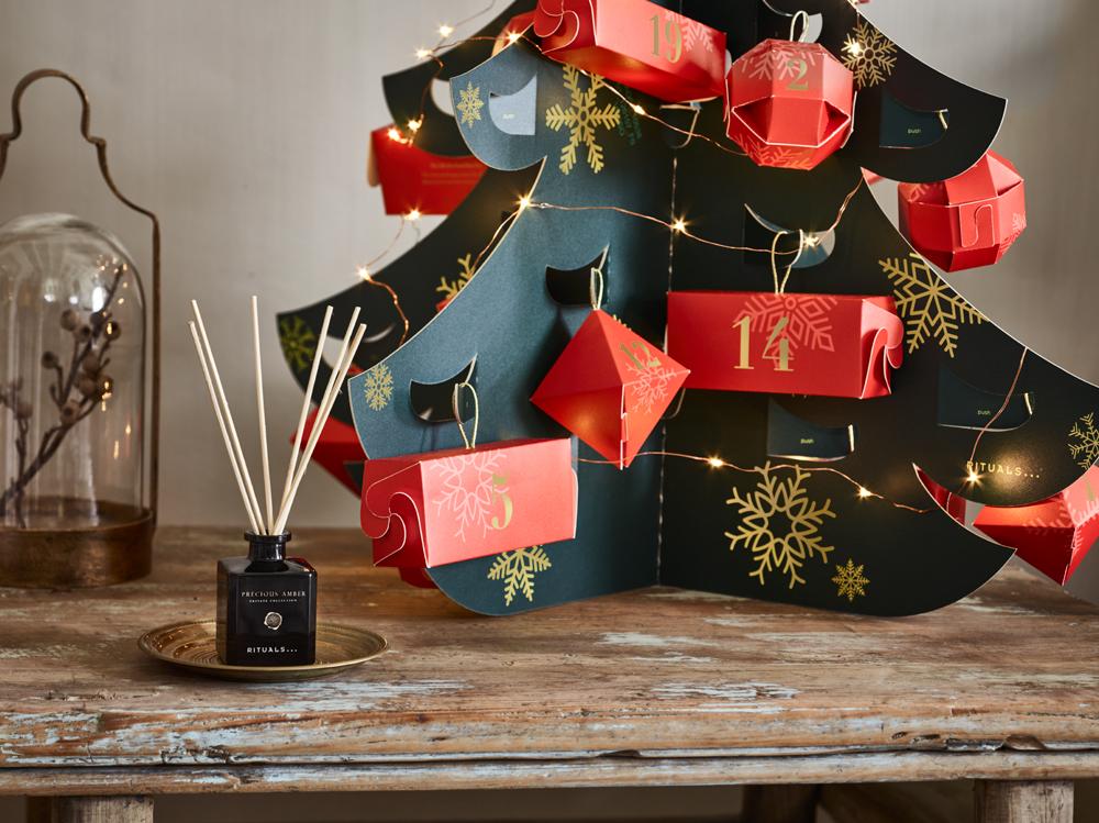 Jingle Bellas und Halleluja: auf sonrisa gibt es jetzt schon eine Vorschau auf die schönsten Beauty-Adventskalender 2018.
