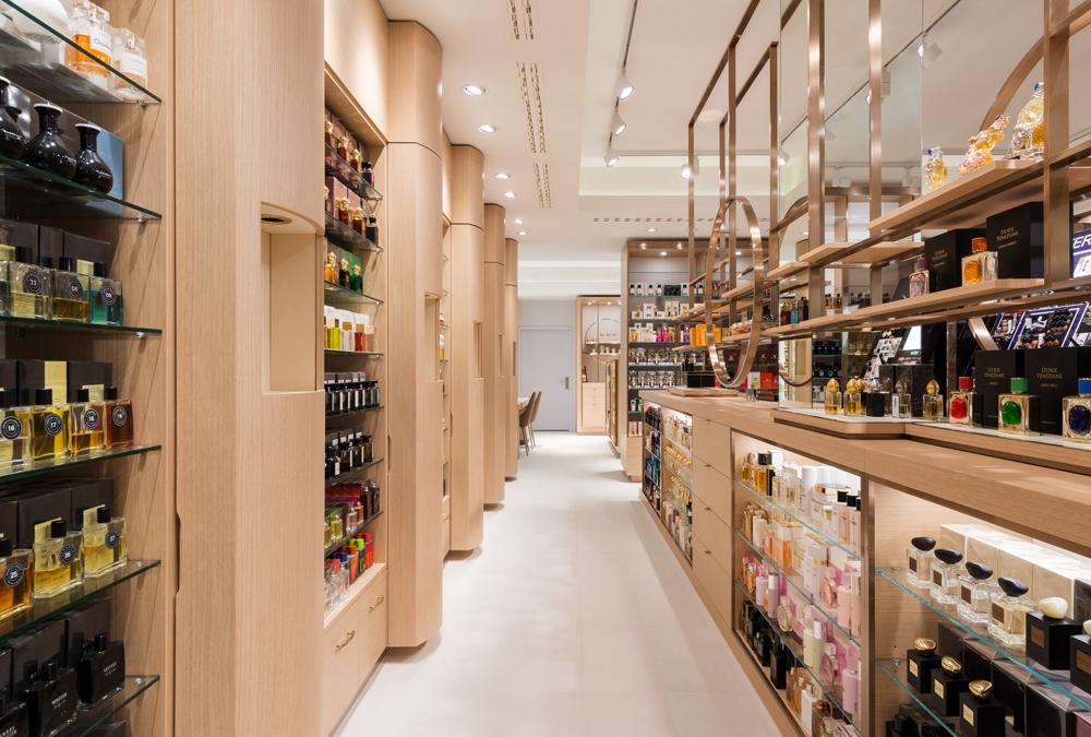 Noch mehr Platz für Nischendüfte und Luxusbeauty: Die Parfümerie Osswald am Paradeplatz ist der happy Place für alle Beauty-Geeks!