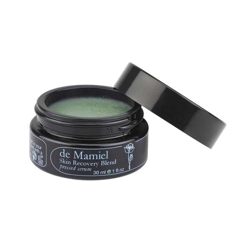 Winter is coming – und der neue Skin Recovery Blend von De Mamiel schützt Deine Haut davor.