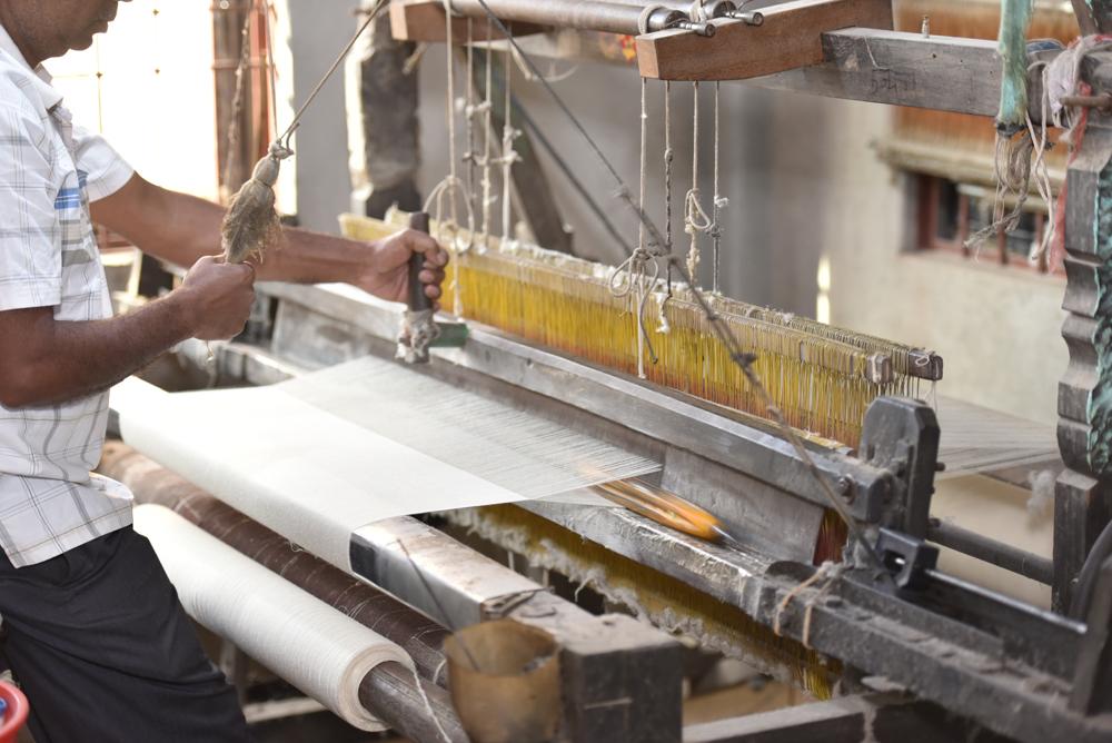 Bei manoli cashmere gibt es fair produzierte Kaschmir-Schals zu einem guten Preis.