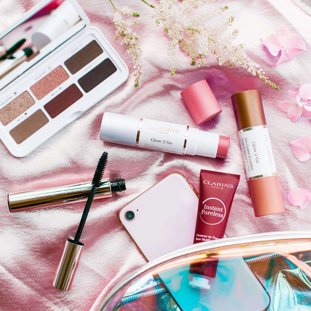 Clarins National Makeup Artist Sandro Allenbach verrät exklusiv auf sonrisa.ch seine besten Schmink-und Beauty-Tipps.