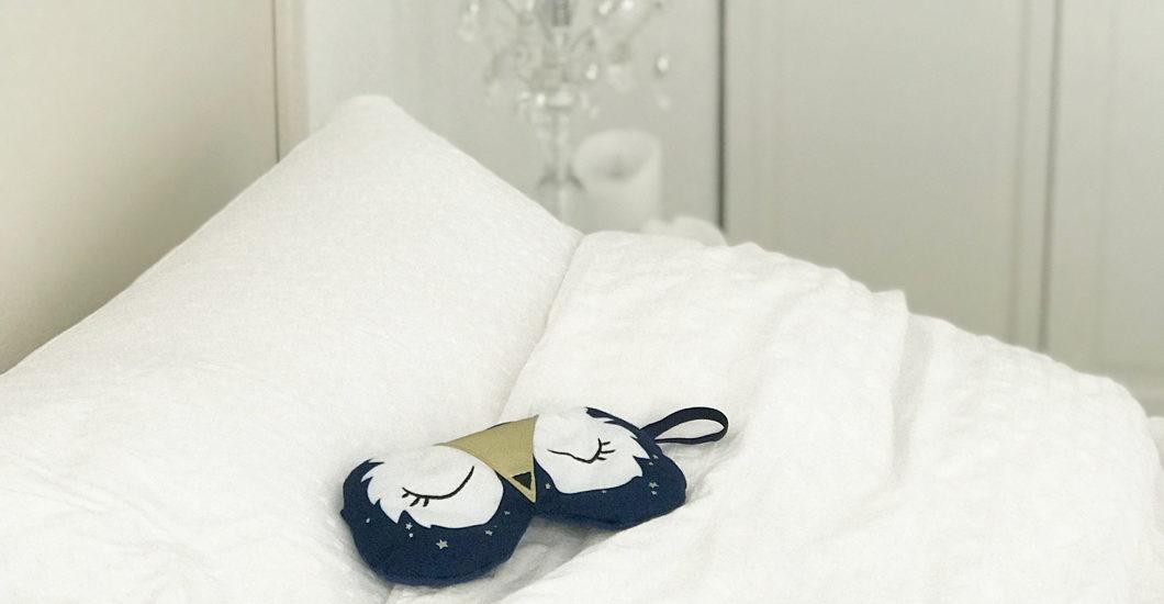 Die Volksweisheit vom Schlaf als Schönmacher wurde mittlerweile durch mehrere Studien bestätigt. Und damit es auch wirklich klappt mit dem Schönheitsschlaf, gibt es auf sonrisa zehn Expterten-Tipps dazu.