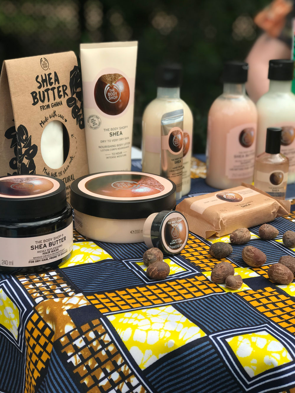 The Body Shop erweitert die beliebte Shea Butter Linie unter anderem um rein natürliche Shea Butter, die in Ghana hergestellt wird.