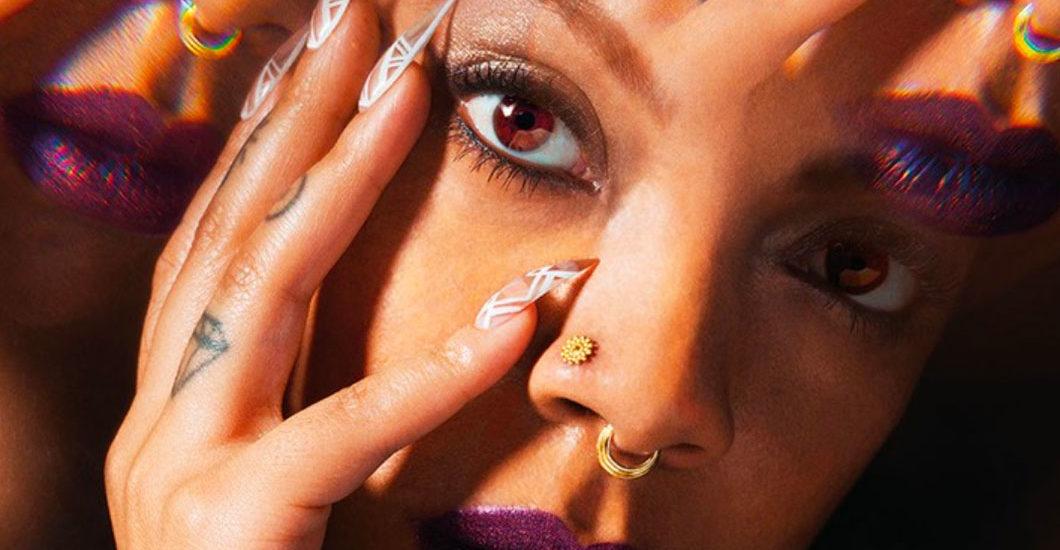 Moderne Beauty-Magie: Für die Crystalized Collection hat Smashbox mit der Begründerin von The Hoodwitch zusammen gearbeitet.