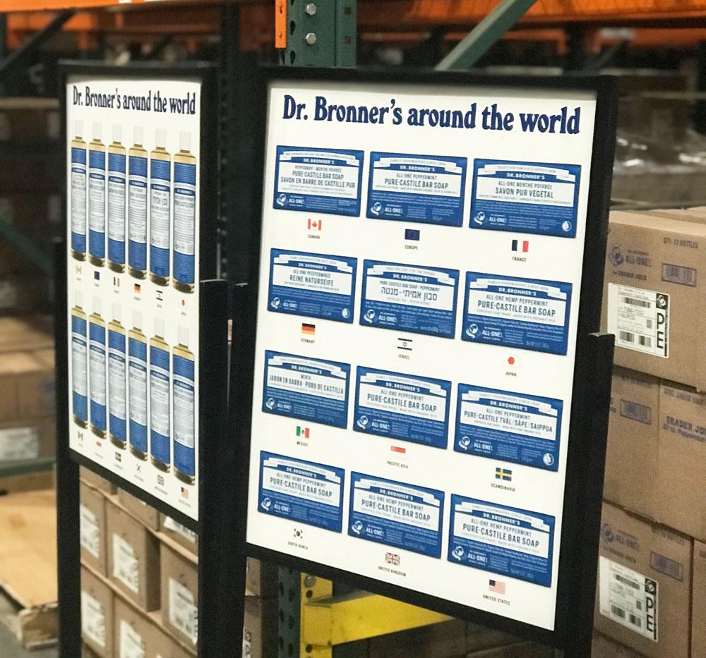 sonrisa besuchte das Hauptquartier von Dr. Bronners und kam mit vielen Bildern sowie spannenden Fakten zurück.