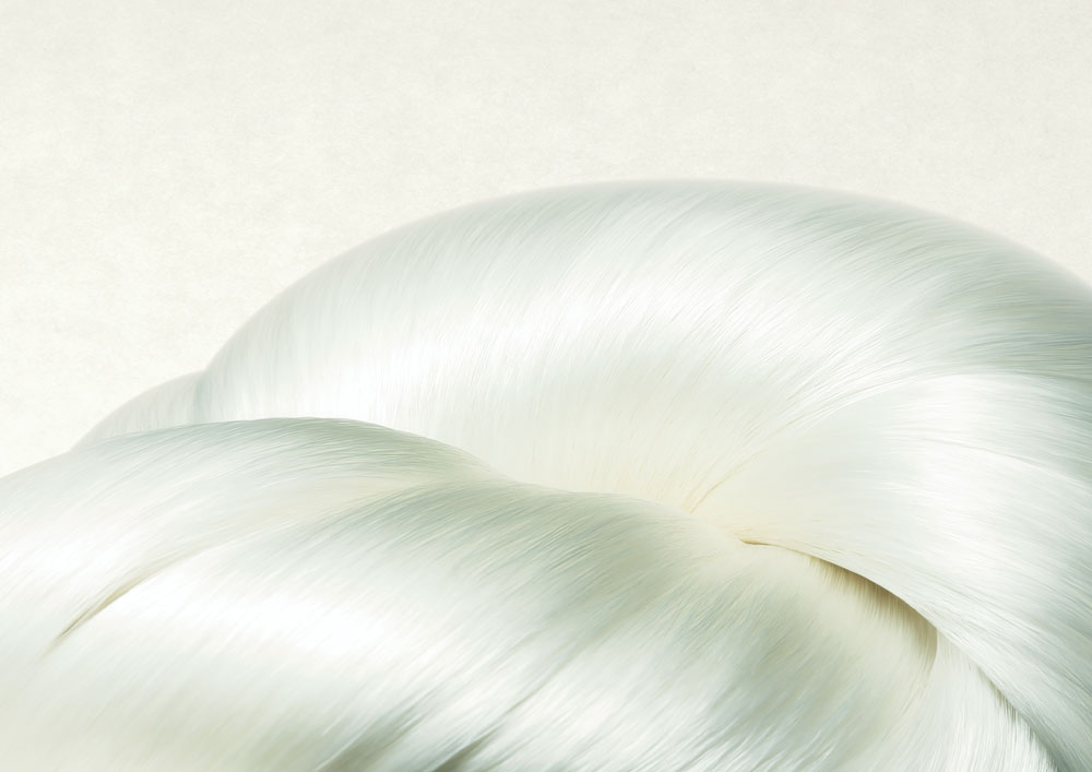 Seidengeschichten mit Sensai: sonrisa nimmt die Lancierung des neuen Absolute Silk Micro Mousse Treatments zum Anlass, um die Geschichte der Seide als Beauty-Wirkstoff zu erklären.