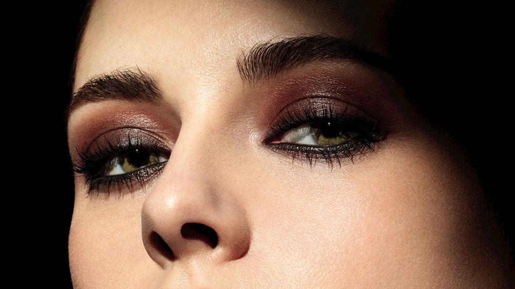 Nicht-Farben im Fokus bei Chanel