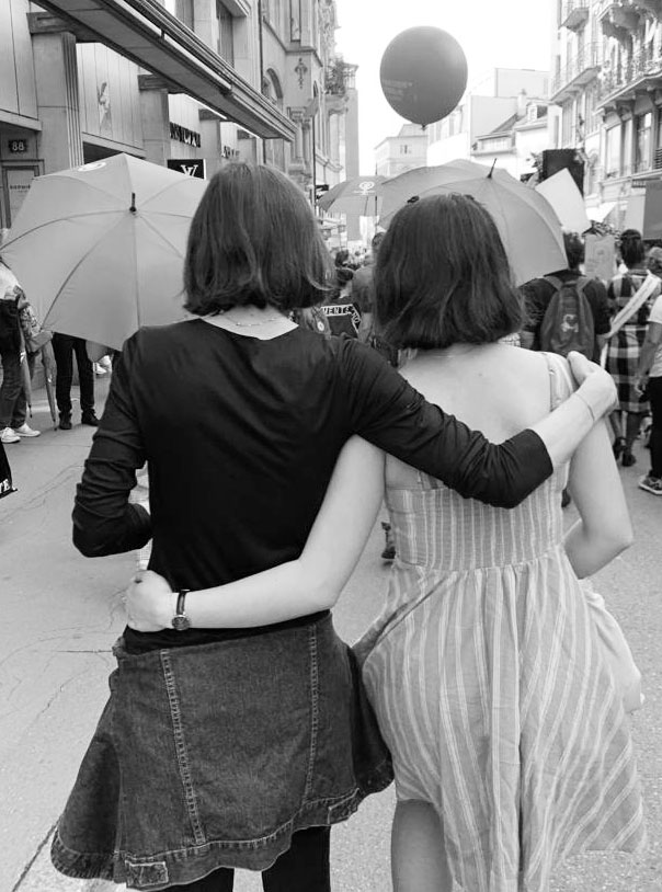Was hat der neue Damenduft Girls can say anything von Zadig&Voltaire mit dem Frauenstreik 2019 zu tun? Mehr als man denkt, im Fall!