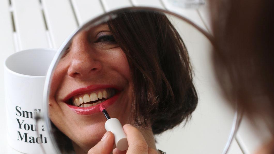 Alles auf rot: sonrisa feiert den Lipstick-Day mit einer grossen Beauty-Verlosung