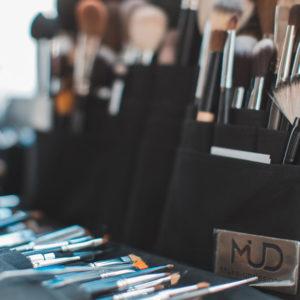 Bloggerin, Kolumnistin, Makeup Artist und Stylistin Jesca Li verrät exklusiv auf sonrisa.ch ihre besten Schmink-und Beauty-Tipps.