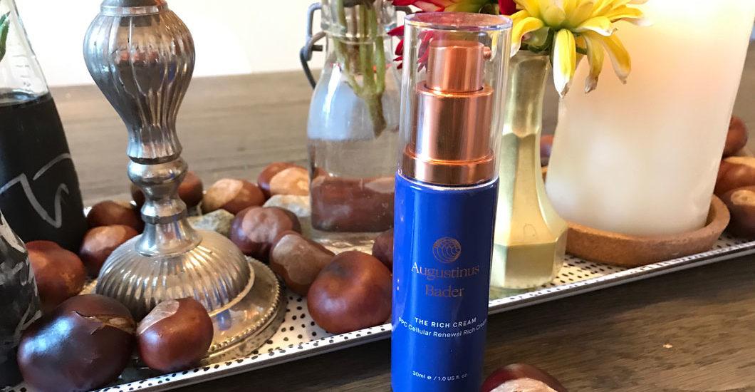 The Cream von Augustinus Bader gilt als Wundermittel für schöne Haut. Zu recht? Auf sonrisa gibt es den ehrlichen Testbericht von Gastbloggerin Florina.