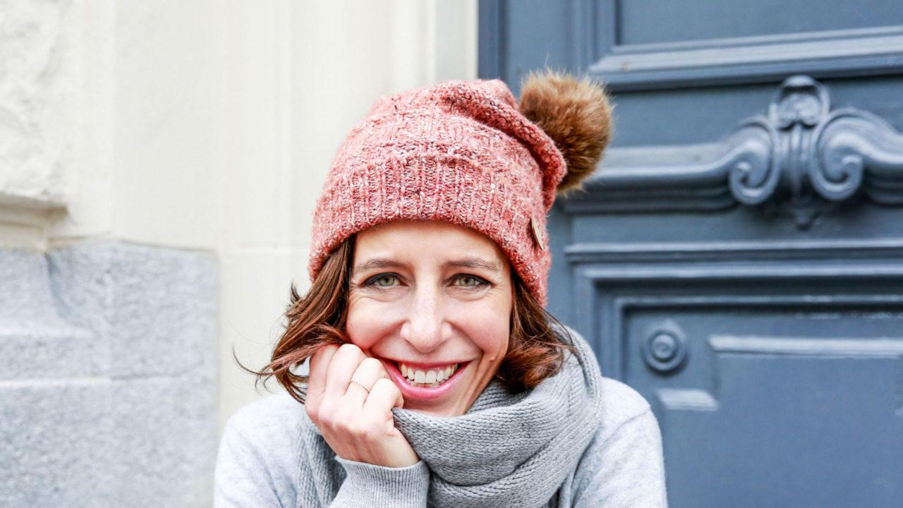 Kalte Ohren im Namen der Schönheit, weil Mützen die Frisur kaputt machen? Ist nicht nötig dank sonrisa Haar-Tipps, mit denen auch ultimative Gförlis stylish durch den Winter kommen.
