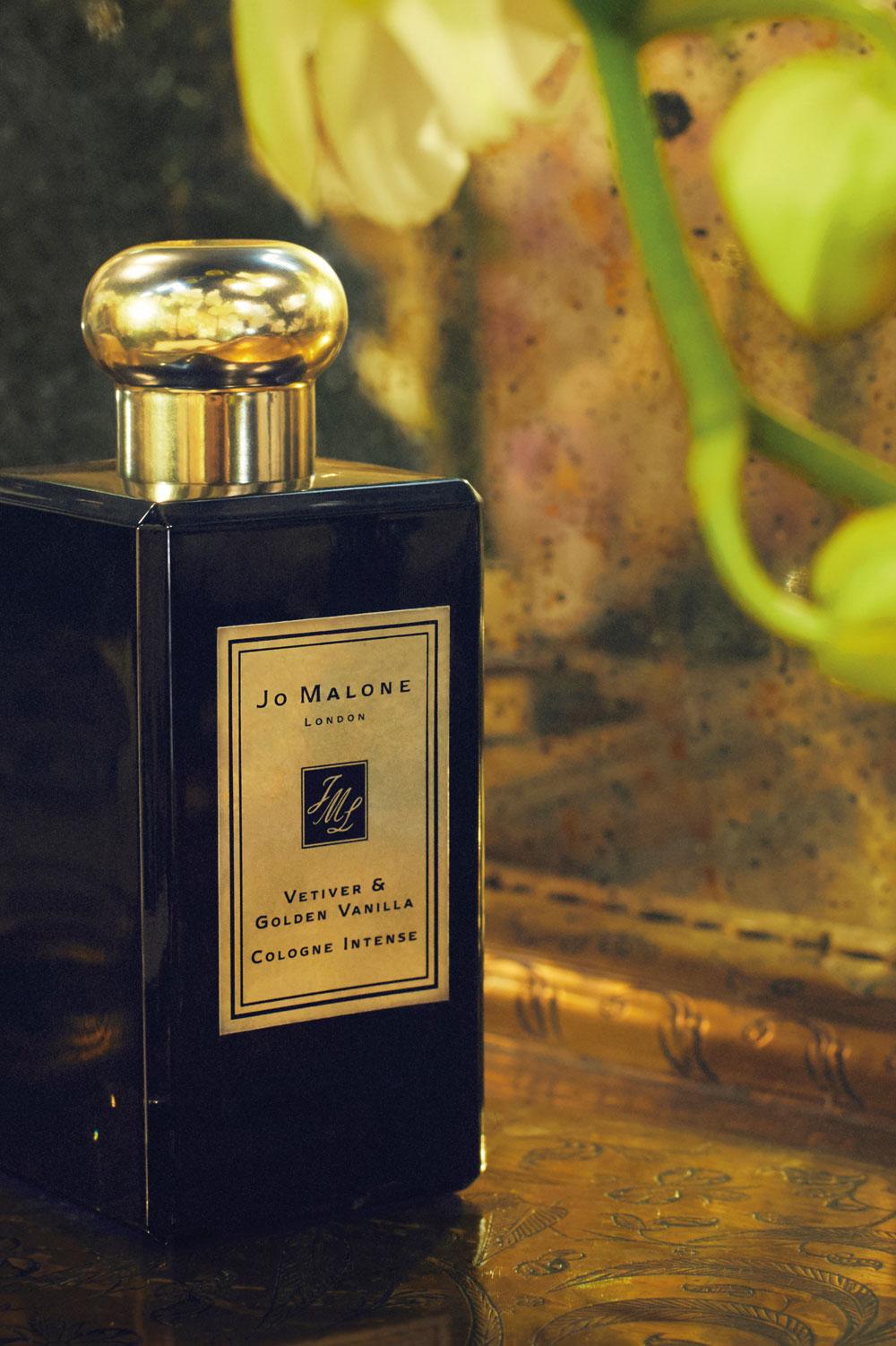 Riecht wie Ferien im Inselparadies und ist damit ideal gegen den Januar Blues: das neue Jo Malone London Cologne Ingense Vetiver and Golden Vanilla