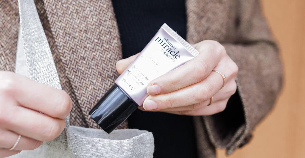 Mit Hilfe von Pflege-Profis geht sonrisa erneut einer neuen Produkte-Kategorie auf den Grund: dem Facial Serum Roller.