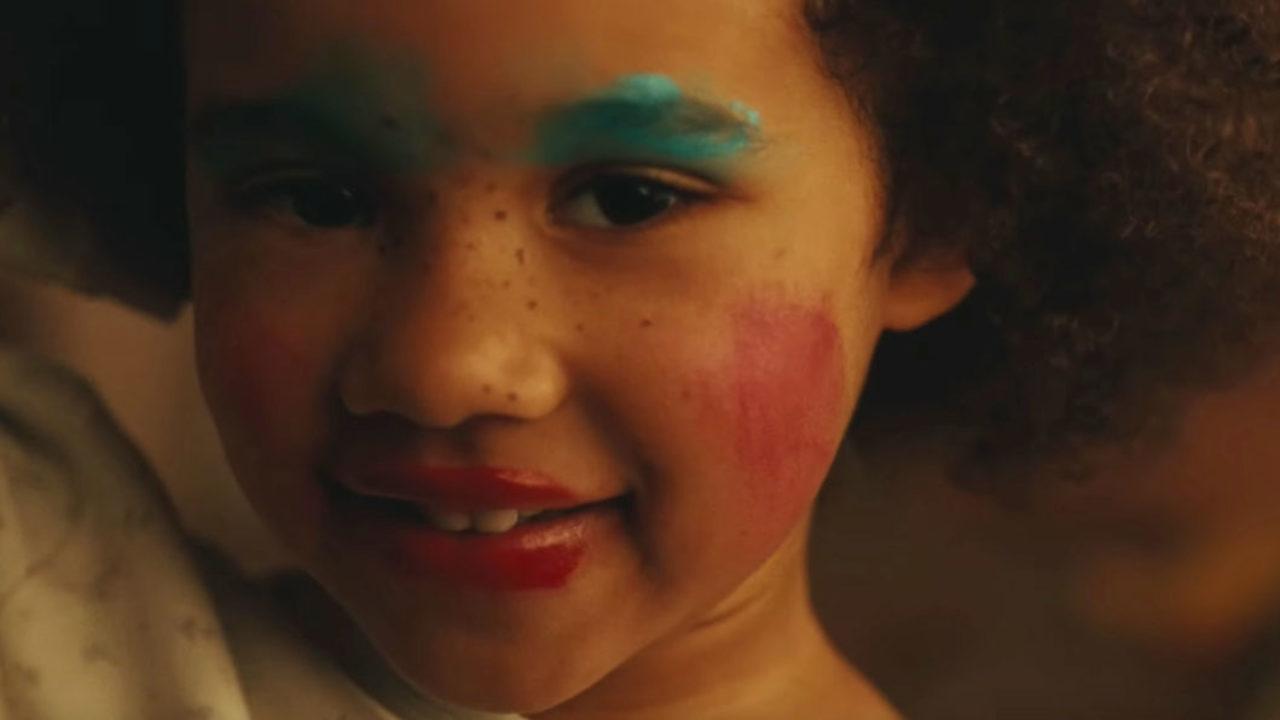 Mitreden erwünscht: in der Rubrik Let's talk bittet sonrisa um Beauty-Tipps – aktuell zur Frage, wie man die unlimitierte Macht der eigenen Schönheit am besten zur Geltung bringen kann.