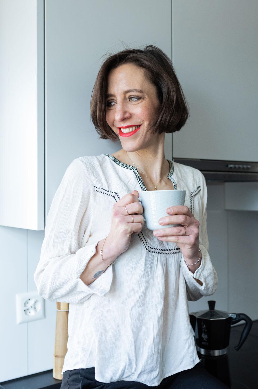 """Rise and shine! Statt völlig gestresst auf den letzten Drücker in den Tag zu starten, raten Experten zu einer bewusst gestalteten Morgenroutine. Wie das am besten funktioniert und was der Damenduft """"Morning Dew"""" von Victorinox damit zu tun hat gibt es auf sonrisa zum Nachlesen."""