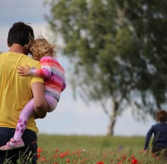 Bravo! L' Occitane unterstützt eine diverse Elternpolitik.