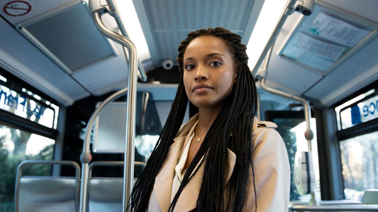 L'Oréal Paris startet mit Stand Up ein internationales Trainingsprogramm gegen Belästigung in der Öffentlichkeit.