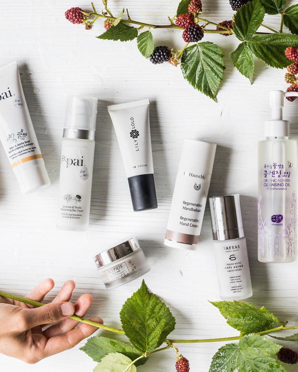 Alles, was Du über den neuen Beauty-Trend Skin Fasting wissen wolltest, gibt es im grossen FAQ auf sonrisa zum Nachlesen.