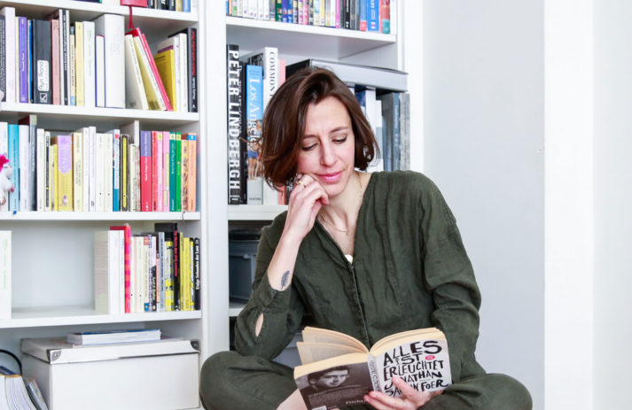 In den lifestyle favorites von sonrisa im Mai 2020 gibt es aus aktuellem Anlass zwei neue Tipps zum Lesen, Schauen und Hören – natürlich wie immer mit Happy-Bonus.
