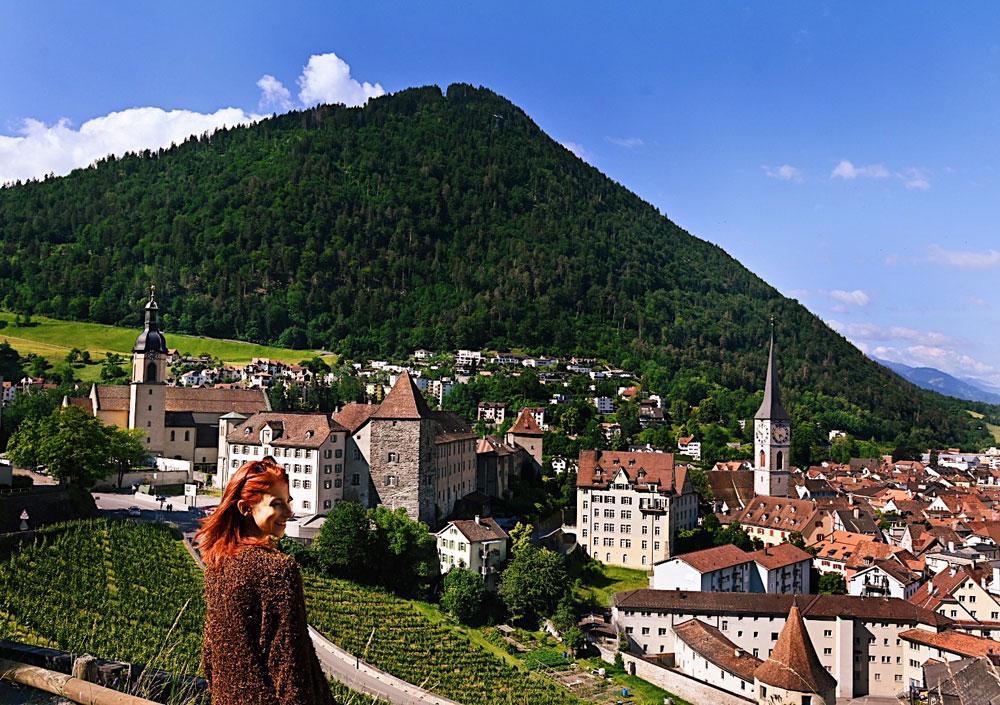 """In der sonrisa-Serie """"Tour de Suisse"""" verraten Dir Insider ihre Lieblingsorte in der Schweiz. Heute nimmt uns LIfestyle-Bloggerin Michaela auf einen Rundgang durch Chur."""