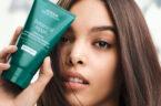 Aveda lanciert mit Botanical Repair eine bis zu 96 Prozent natürliche neue Pflegelinie für geschädigtes Haar.