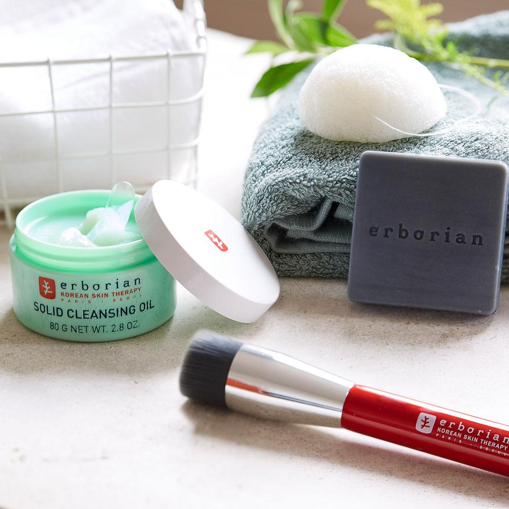 Der Hautpflegebrand Erborian verbindet das Fachwissen über traditionelle koreanische Pflege mit französischem Luxus.