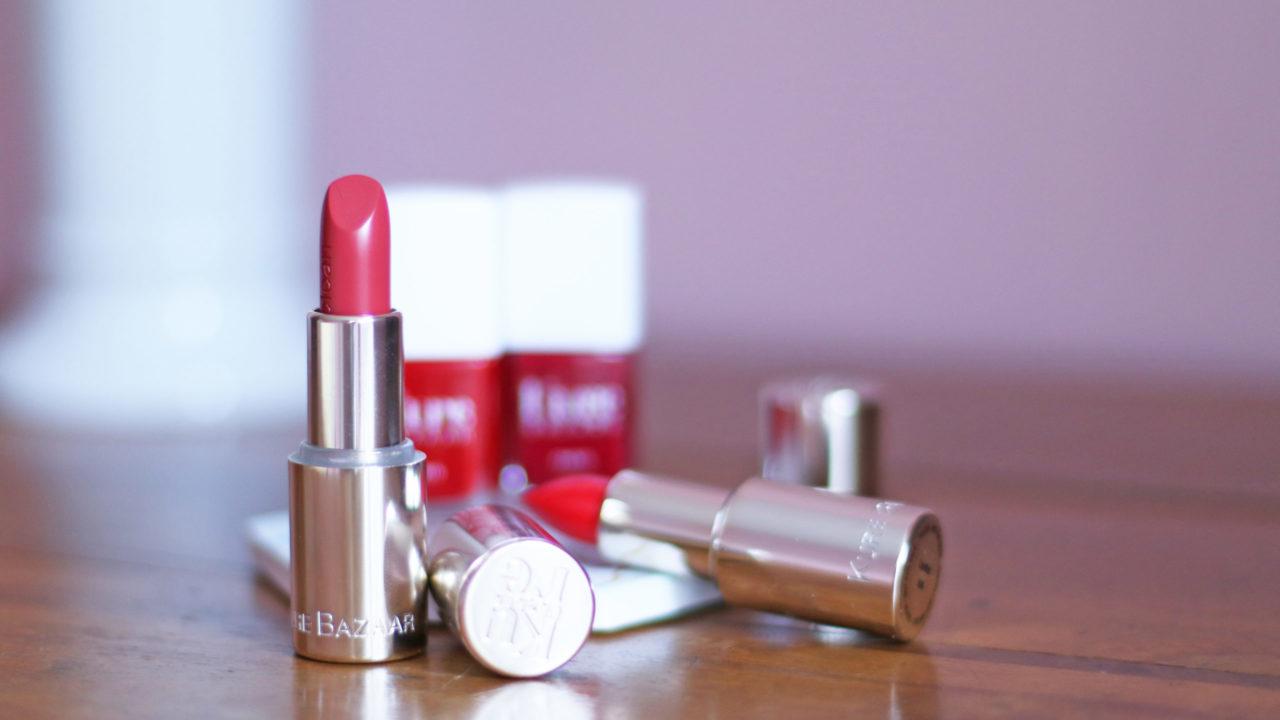 Der cleane Nagellack-Brand Kure Bazaar erweitert das Sortiment um 30 Lippenstifte auf natürlicher Basis.
