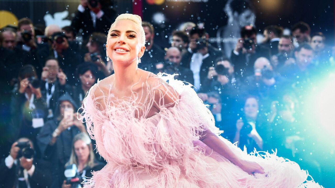 Newsflash: Lady Gaga ist das Gesicht der Kampagne für den neuen Damenduft Voce Viva von Valentino.