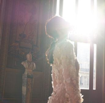 sonrisa zeigt in loser Reihenfolge die Videos aus der Kurzfilmreihe Chanel Parfumeur, die ästhetischen Genuss und spannende Fakten vereinen. Viel Spass!